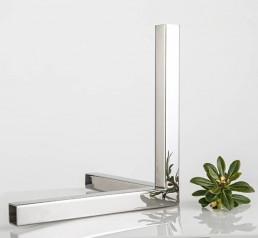 Finitura specchio lucido di un profilo in metallo Metal Steel