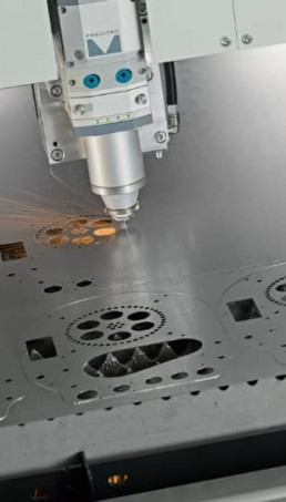Taglio laser lamiera 1 Metal Steel